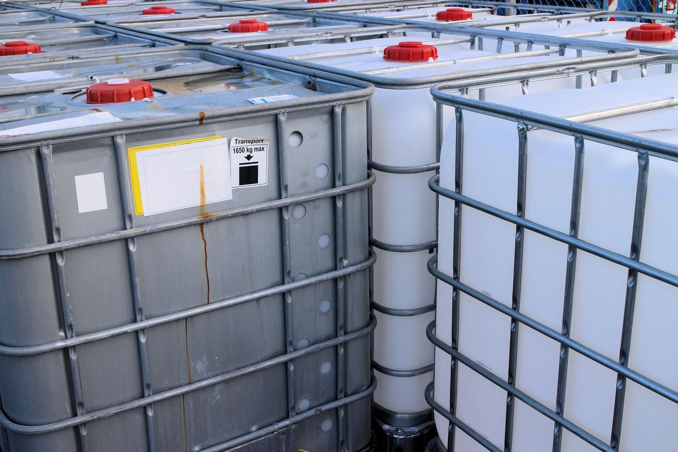 5 Steps to Storing Chemicals Safely in the Workplace