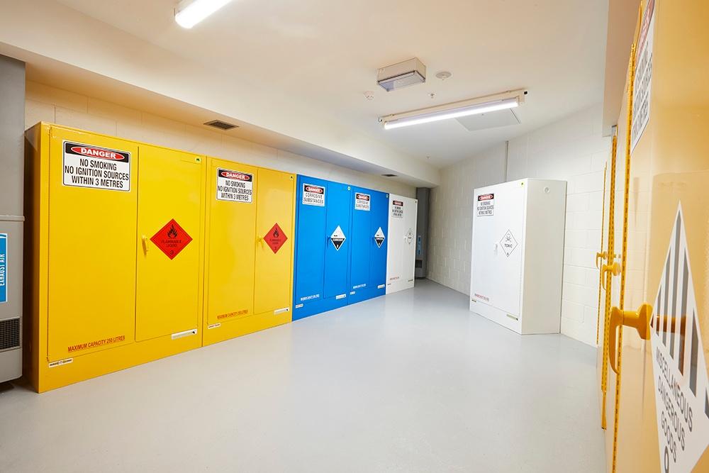 STOREMASTA safety cabinets
