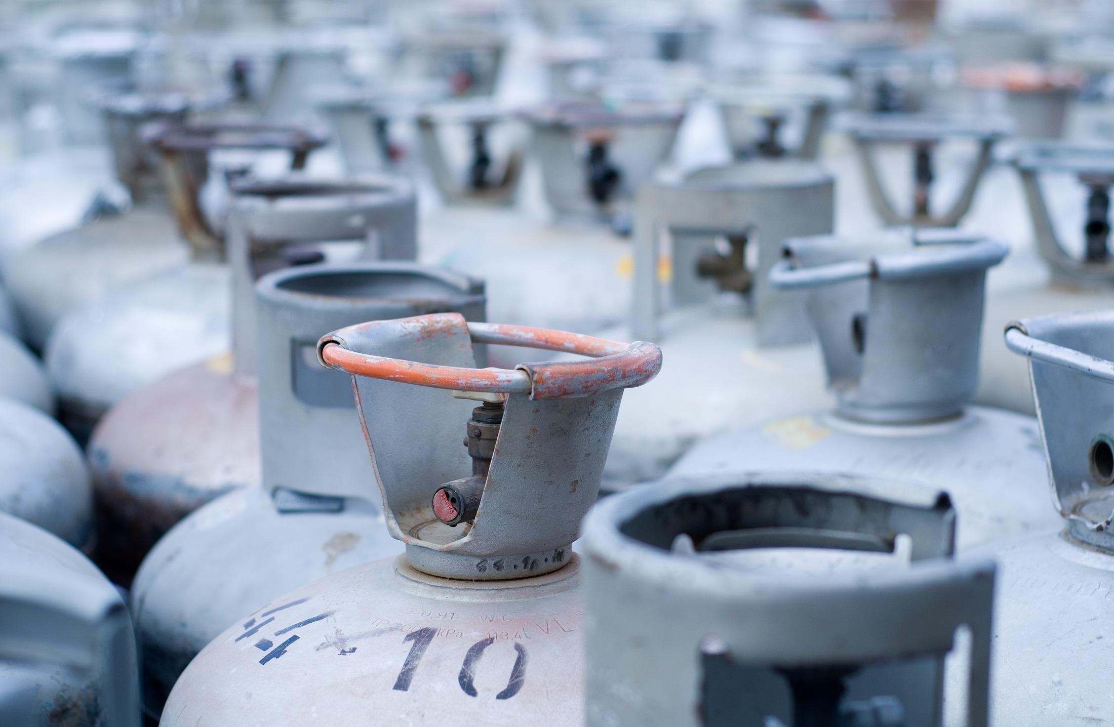 LPG gas bottle storage regulations