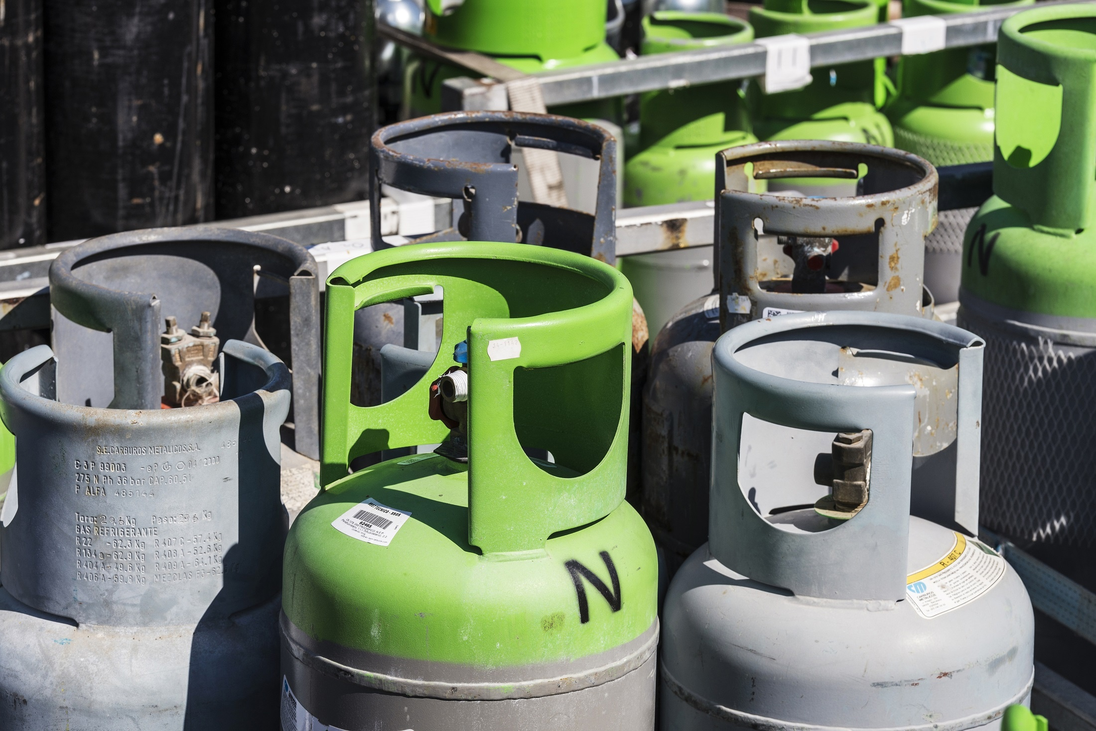 Managing Risk in Workplaces with Gases Stored in Cylinders