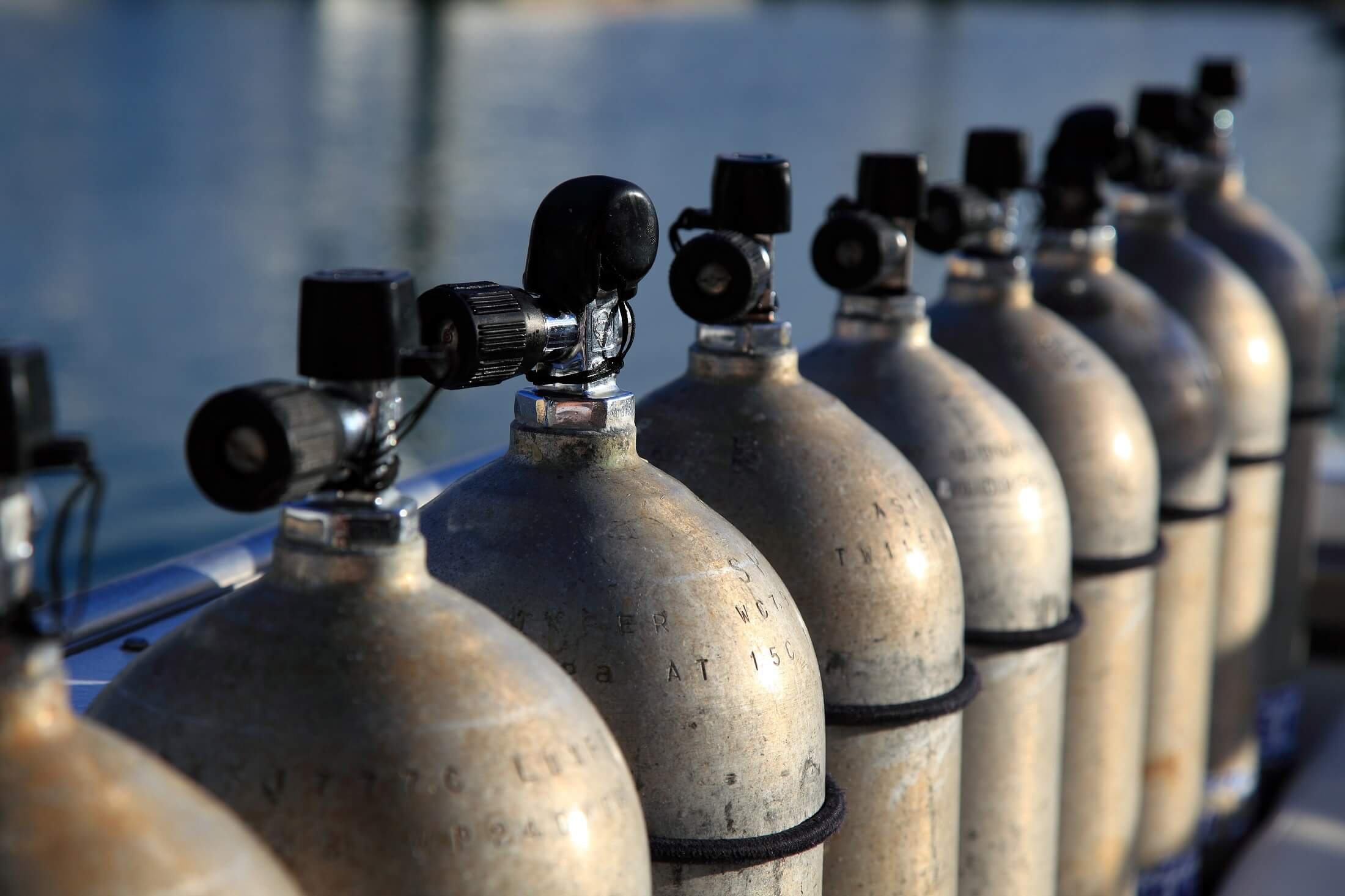 Training staff to handle gas cylinders correctly